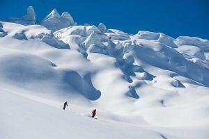 Heliesquí en Canadá con Selkirk Tangiers Heli Skiing